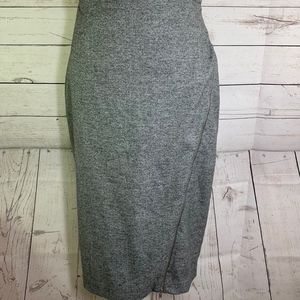 Banana Republic Gray Pencil Zipper Skirt Size 6